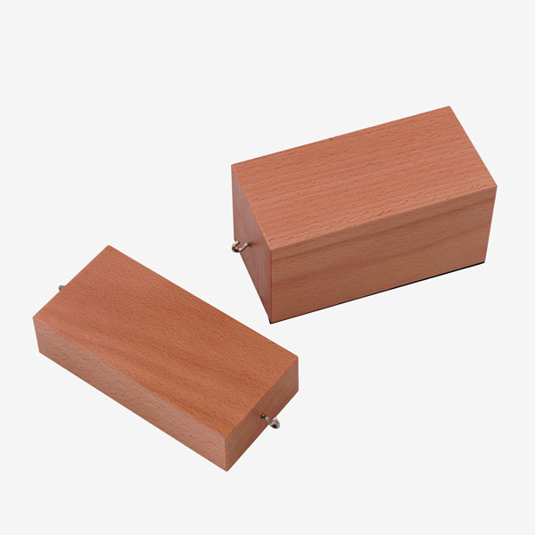 Wooden blocks for friction experiments, pair
